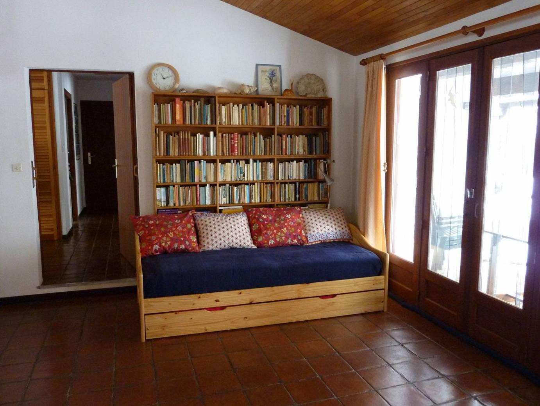 Vakantiehuis dordogne interieur for Lay outs van het huis hal